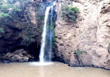 Makalia Waterfall in Lake Nakuru