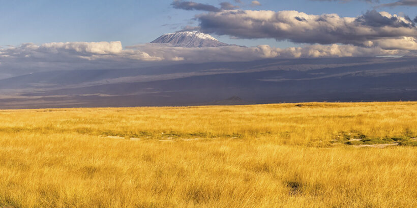 Mount-Kilimanjaro-View-Tanzania-Africa-Ray-In-Manilla